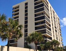 450 Ocean Dr., Unit 101, Juno Beach FL 33408 – $380,000